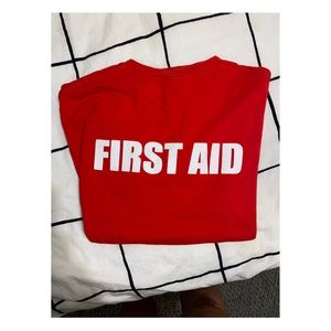 FIRST AID Short sleeve T-shirt